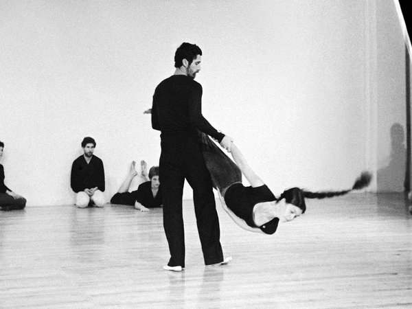 Contact-Improvisation Weekly Classes
